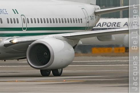 Photo#3263-4-Boeing 737-700 BBJ
