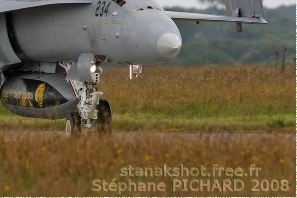 Photo#3653-4-McDonnell Douglas F/A-18D Hornet