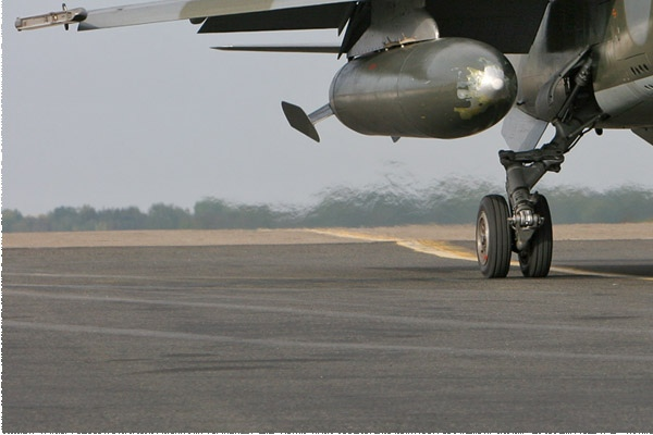 Photo#3071-3-Dassault Mirage F1CR