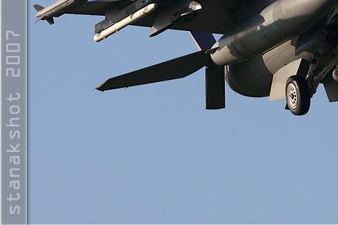 Photo#3184-3-General Dynamics F-16C Night Falcon