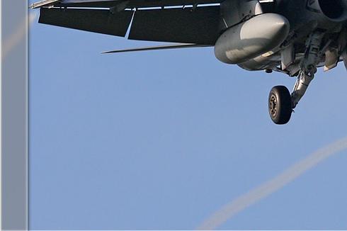 Photo#3213-3-McDonnell Douglas EF-18B Hornet