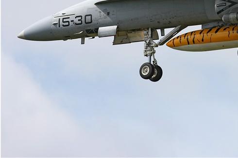 Photo#3646-3-McDonnell Douglas EF-18A Hornet
