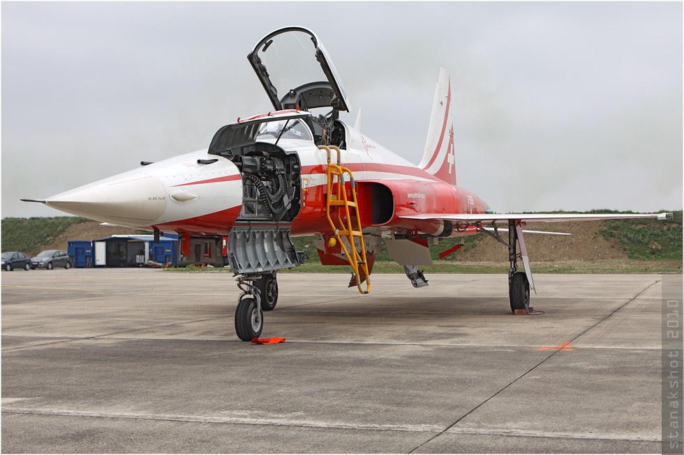 tof#4975_F-5_des Forces aériennes suisses