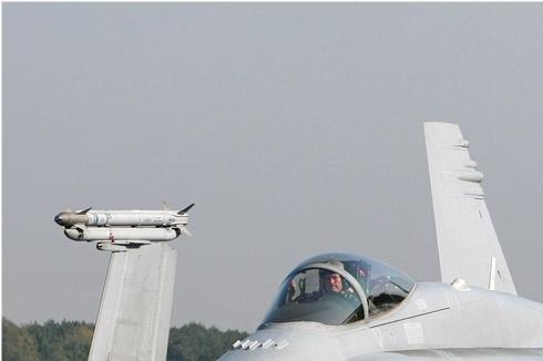 Photo#4549-1-McDonnell Douglas F/A-18C Hornet