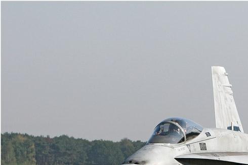 Photo#4557-1-McDonnell Douglas EF-18A Hornet