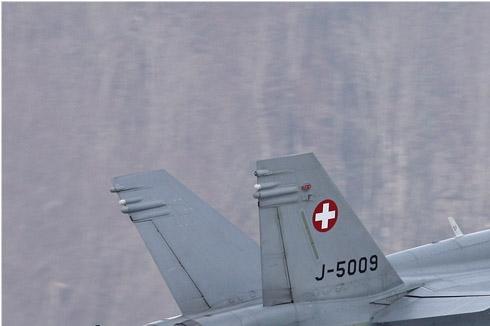 Photo#4681-1-McDonnell Douglas F/A-18C Hornet