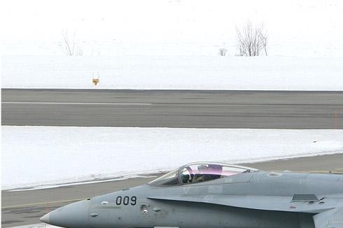 Photo#4682-1-McDonnell Douglas F/A-18C Hornet