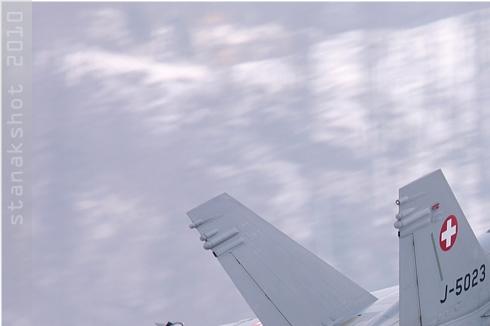 Photo#4686-1-McDonnell Douglas F/A-18C Hornet