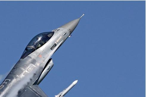 Photo#4240-2-General Dynamics F-16AM Fighting Falcon