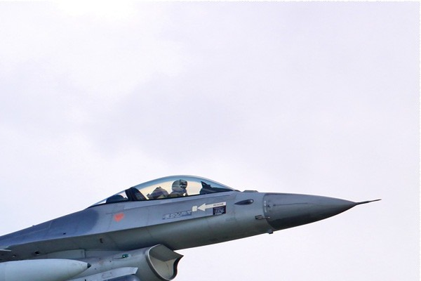 Photo#4245-2-General Dynamics F-16AM Fighting Falcon