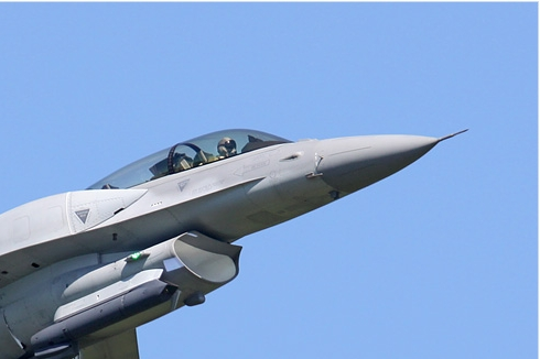 Photo#4250-2-Lockheed Martin F-16D Fighting Falcon