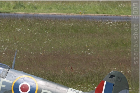 Photo#4281-2-Supermarine Spitfire Vb