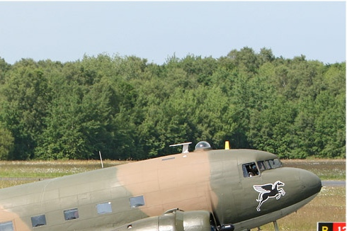 Photo#4283-2-Douglas Dakota III