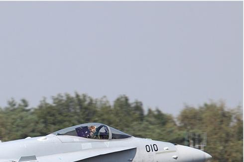 Photo#4548-2-McDonnell Douglas F/A-18C Hornet
