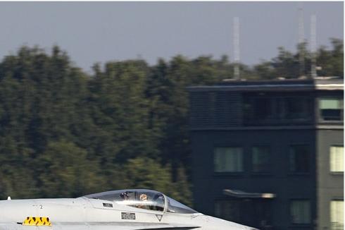 Photo#4556-2-McDonnell Douglas EF-18A Hornet