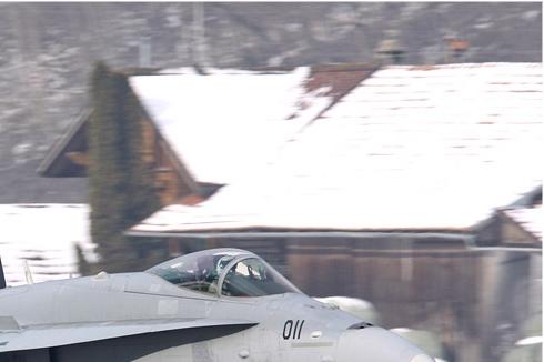 Photo#4683-2-McDonnell Douglas F/A-18C Hornet