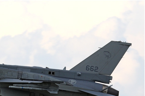 Photo#4931-2-Lockheed Martin F-16D Fighting Falcon