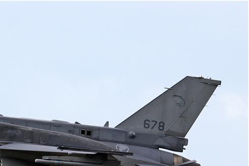 Photo#4934-2-Lockheed Martin F-16D Fighting Falcon