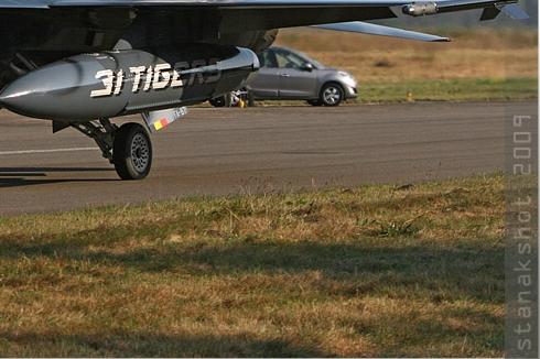 Photo#4523-4-General Dynamics F-16AM Fighting Falcon