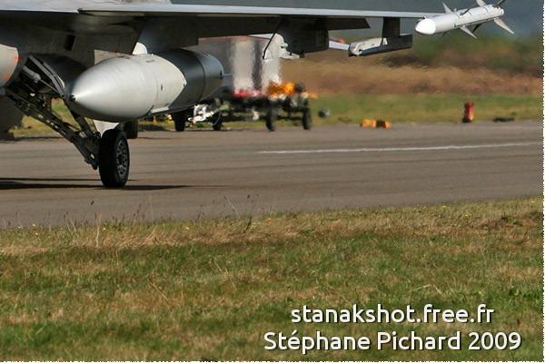 4530c-General-Dynamics-F-16AM-Fighting-Falcon-Norvege-air-force