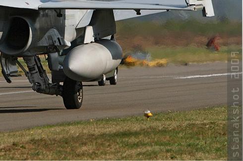 Photo#4553-4-McDonnell Douglas F/A-18D Hornet
