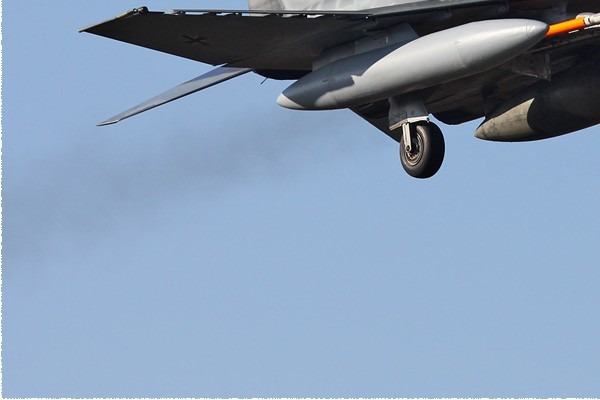 Photo#4031-3-McDonnell Douglas F-4F Phantom II
