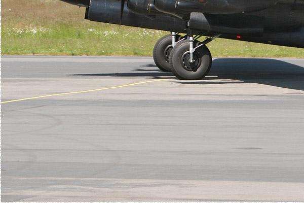 4280d-Avro-Lancaster-B-I-Royaume-Uni-air-force