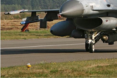 Photo#4541-3-General Dynamics F-16AM Fighting Falcon