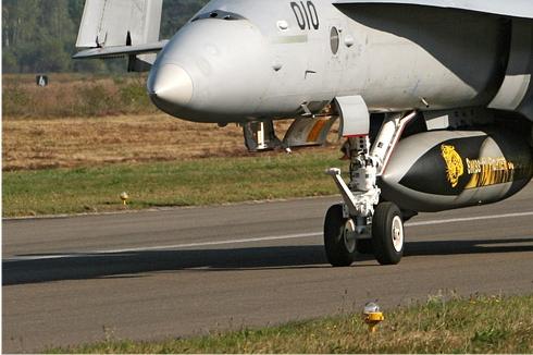 Photo#4549-3-McDonnell Douglas F/A-18C Hornet