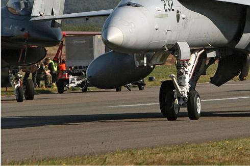 Photo#4553-3-McDonnell Douglas F/A-18D Hornet