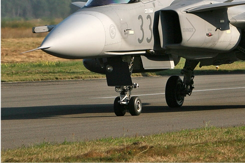 Photo#4562-3-Saab JAS39C Gripen