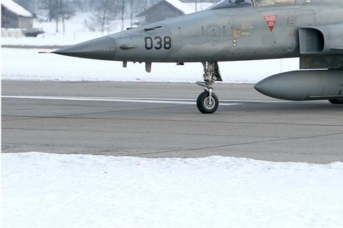 4663d-Northrop-F-5E-Tiger-II-Suisse-air-force