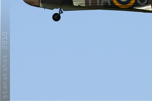 4754d-Hawker-Hurricane-XII-Royaume-Uni