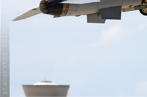 Photo#4932-3-Lockheed Martin F-16D Fighting Falcon