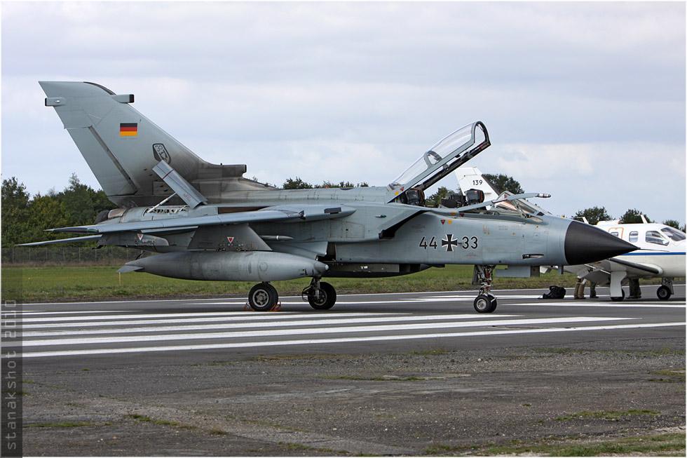 tof#5388 Tornado de la Luftwaffe au statique à Rennes (France) en 2010
