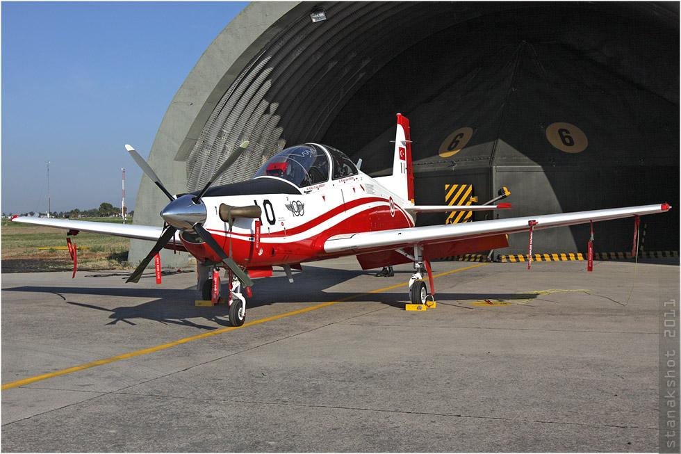 tof#5696 KT-1 de la Force aérienne turque au statique à Çiğli (Turquie) en 2011