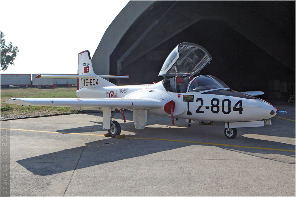 tof#5709 T-37 de la Force aérienne turque au statique verrière ouverte à Çiğli (Turquie) en 2011