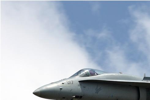 Photo#5025-1-McDonnell Douglas F/A-18C Hornet
