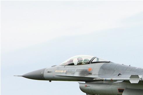 Photo#5413-1-General Dynamics F-16AM Fighting Falcon