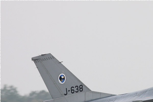 Photo#5419-1-General Dynamics F-16AM Fighting Falcon