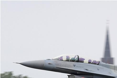Diapo5495 Lockheed Martin F-16D Fighting Falcon 021, Cambrai (FRA) NTM 2011