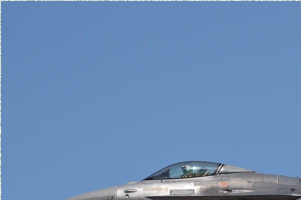 Photo#5499-1-General Dynamics F-16AM Fighting Falcon