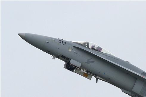Photo#5512-1-McDonnell Douglas F/A-18C Hornet