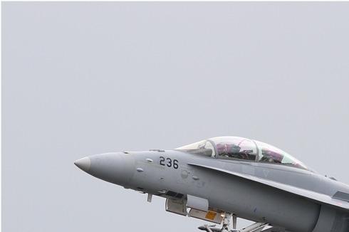Photo#5514-1-McDonnell Douglas F/A-18D Hornet