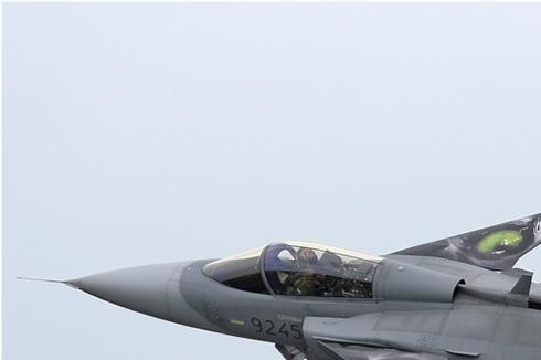 Photo#5523-1-Saab JAS39C Gripen