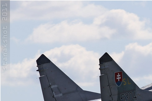 Photo#5573-1-Mikoyan-Gurevich MiG-29UBS