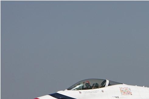Photo#5649-1-General Dynamics F-16C Fighting Falcon