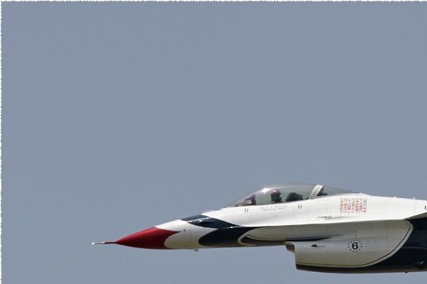 Photo#5657-1-General Dynamics F-16C Fighting Falcon