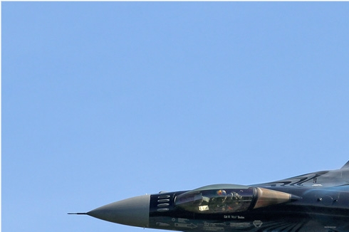 Photo#5894-1-General Dynamics F-16AM Fighting Falcon