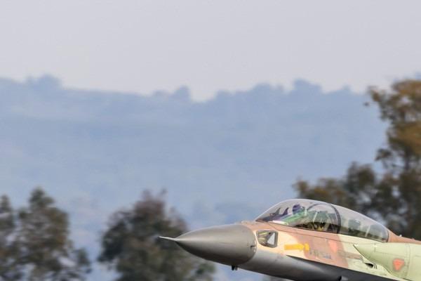 Photo#5976-1-Panavia Tornado GR4(T)